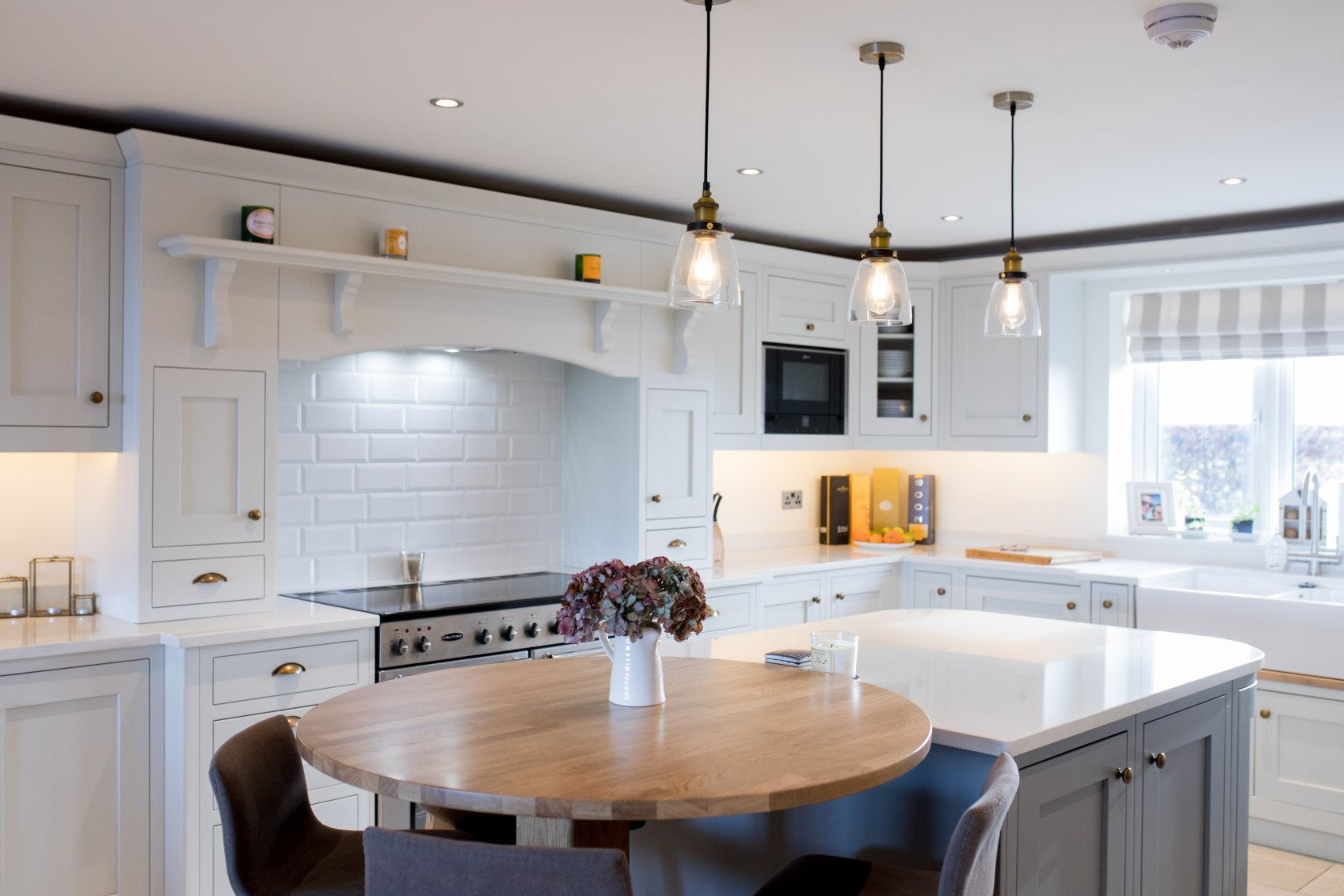 kitchen cabinets factory calgary with Kingswood Kitchens Ashby De La Zouch on Book Calgary Appliance Repair Specialist as well Factory Direct Kitchen Cabi s Wholesale besides Kitchen Renovation additionally Stainless Steel  mercial Kitchen Cabi s besides Photo Tour Of A Cars.